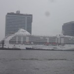 Stor båt i Amsterdam